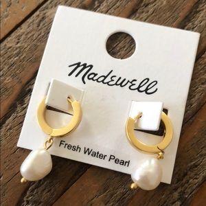 madewell. fresh water pearl drop, on hoop earrings